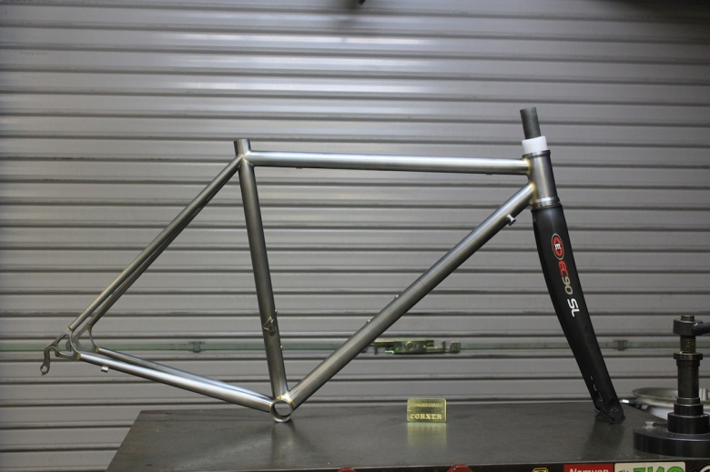 yasui-cornerbikes-44mmHT-roadracer-6